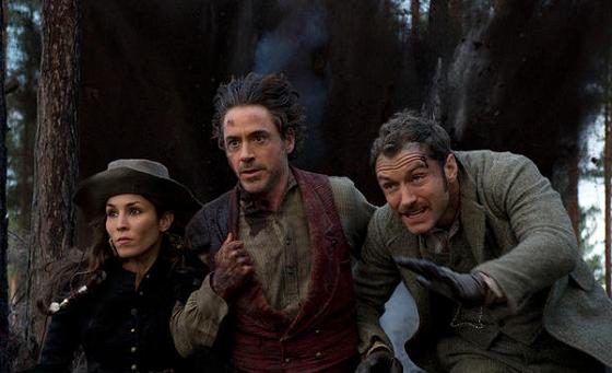 Robert Downey Jr. Jude Law y Noomi Rapace en Sherlock Holmes: Juego de Sombras