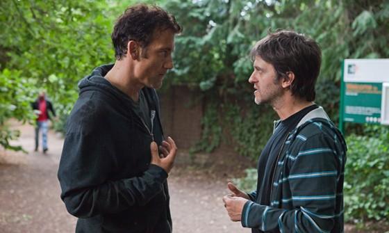 Clive Owen y Juan Carlos Fresnadillo