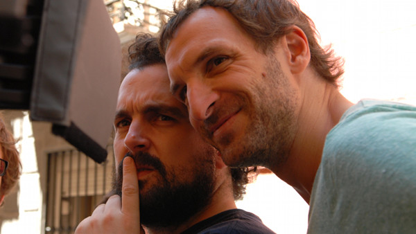 Julián Villagrán & Nacho Vigalondo / Exrtaterrestre