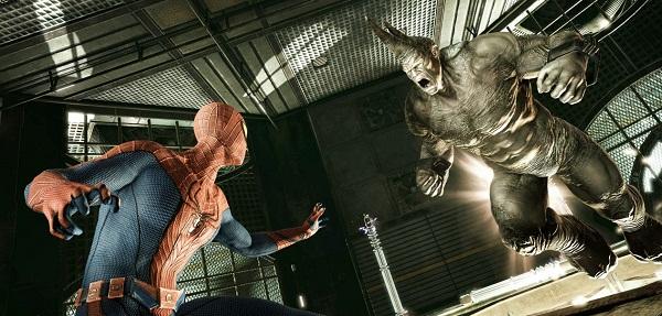 Spider-man y Rino en el videojuego