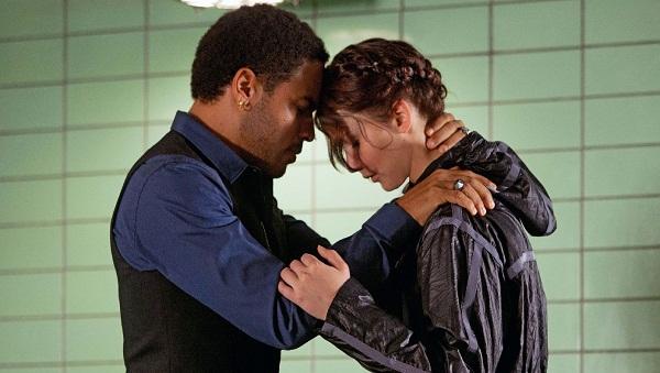 Lenny Kravitz y Jennifer Lawrence en Los Juegos del Hambre