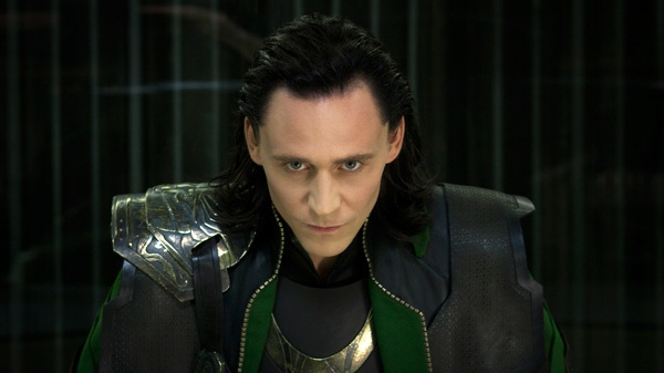 Tom Hiddleston como Loki en Los Vengadores
