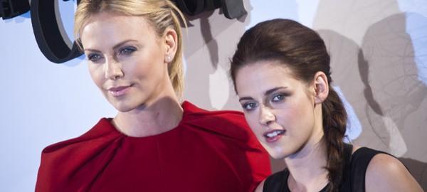 Charlize Theron & Kristen Stewart / Snow White and the Huntsman