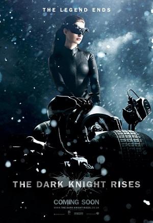 Catwoman en El Caballero Oscuro: La Leyenda Renace