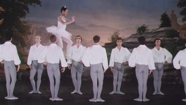 Ballet alternativo en Top Secret!