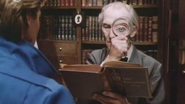 Peter Cushing en Top Secret!