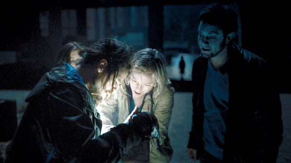Ingrid Bolsø Berdal, Nathan Phillips y Jonathan Sadowski en Atrapados en Chernóbil