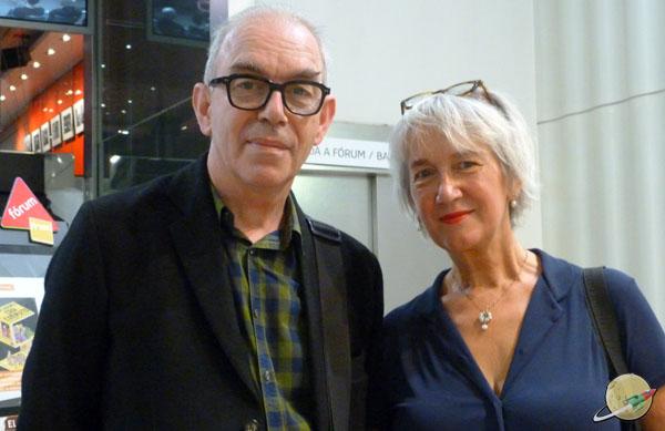Joost Swarte y su mujer en el FNAC de Madrid