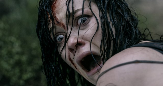 Jane Levy en Posesión Infernal (Evil Dead)