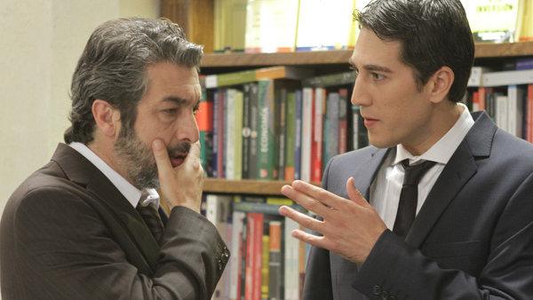 Alberto Ammann y Ricardo Darín en Tesis sobre un homicidio