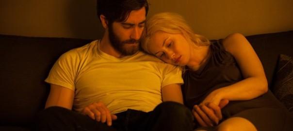 Jake Gyllenhaal y Sarah Gadon en Enemy