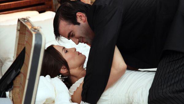 Natalia Oreiro y Daniel Hendler en Mi primera boda