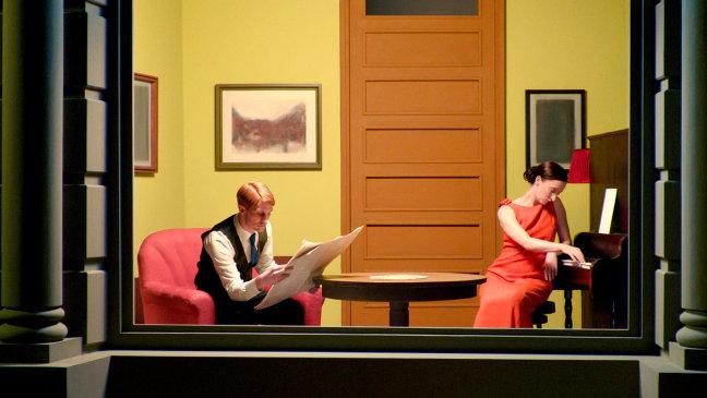 Stephanie Cumming y Christoph Bach en Shirley