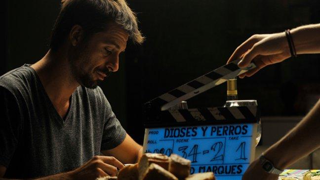 Hugo Silva en el rodaje de Dioses y perros
