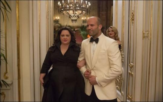 Melissa McCarthy y Jason Statham en Espías.