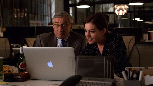 Anne Hathaway y Robert De Niro, protagonistas de la  nueva película de Nancy Meyers