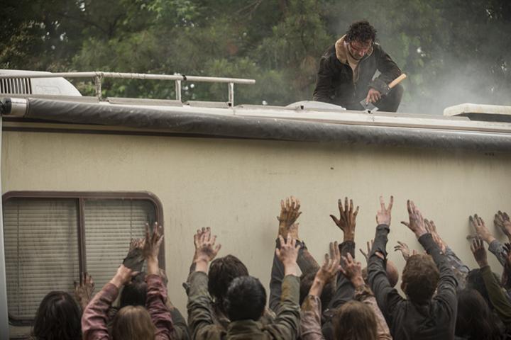 Rick Grimes (Andrew Lincoln) en el primer episodio de la séptima tempora de The Walking Dead (Foto: Gene Page/AMC)