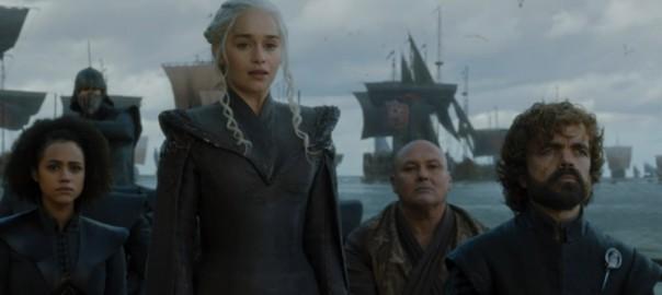 Daenerys llegando a Rocadragón en un fotograma del primer episodio de la séptima temporada de Juego de Tronos