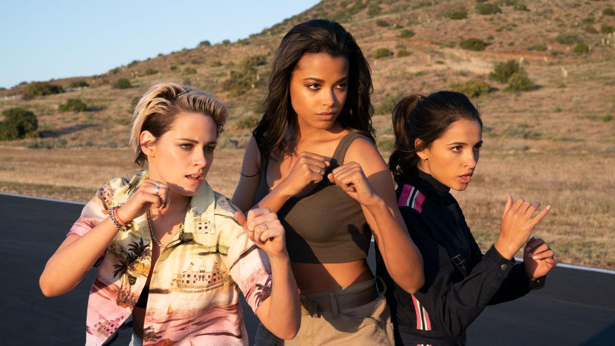 Kristen Stewart, Ella Balinska y Naomi Scott